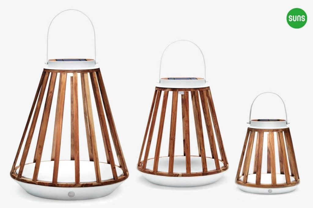 Kate ogrodowe lampy solarne z drewna teakowego rozmiar S M L białe aluminium SUNS