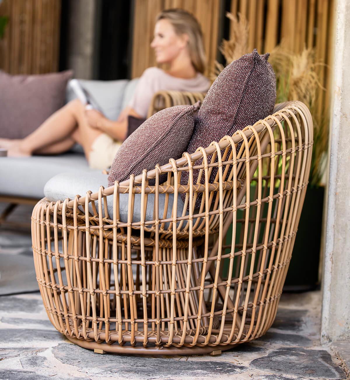 Nest okrągły fotel ogrodowy z technorattanu elegancki styl boho   Kolekcja Nest Cane-line