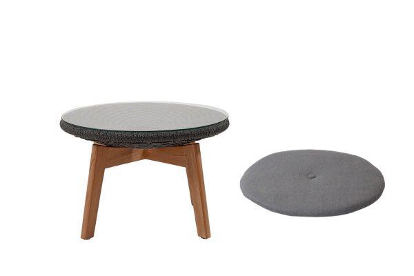 Podnóżek ogrodowy stolik kawowy z liny Soft Rope kolor ciemnoszary szklany blat poduszka szara