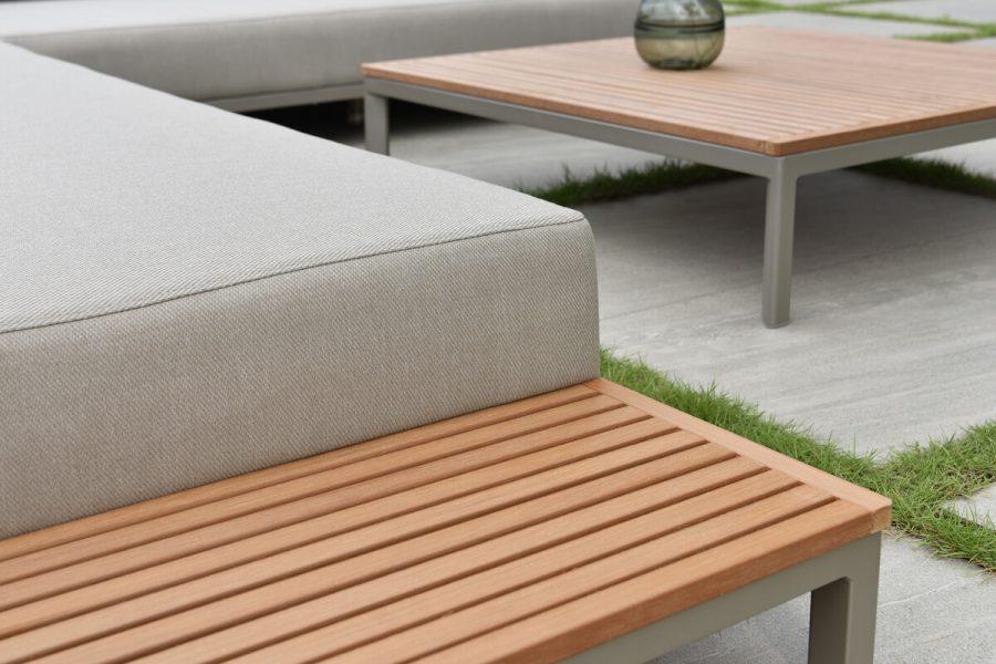 Sorrento nowoczesny narożnik ogrodowy z aluminium w odcieniu Champagne   Twoja Siesta luksusowe meble ogrodowe