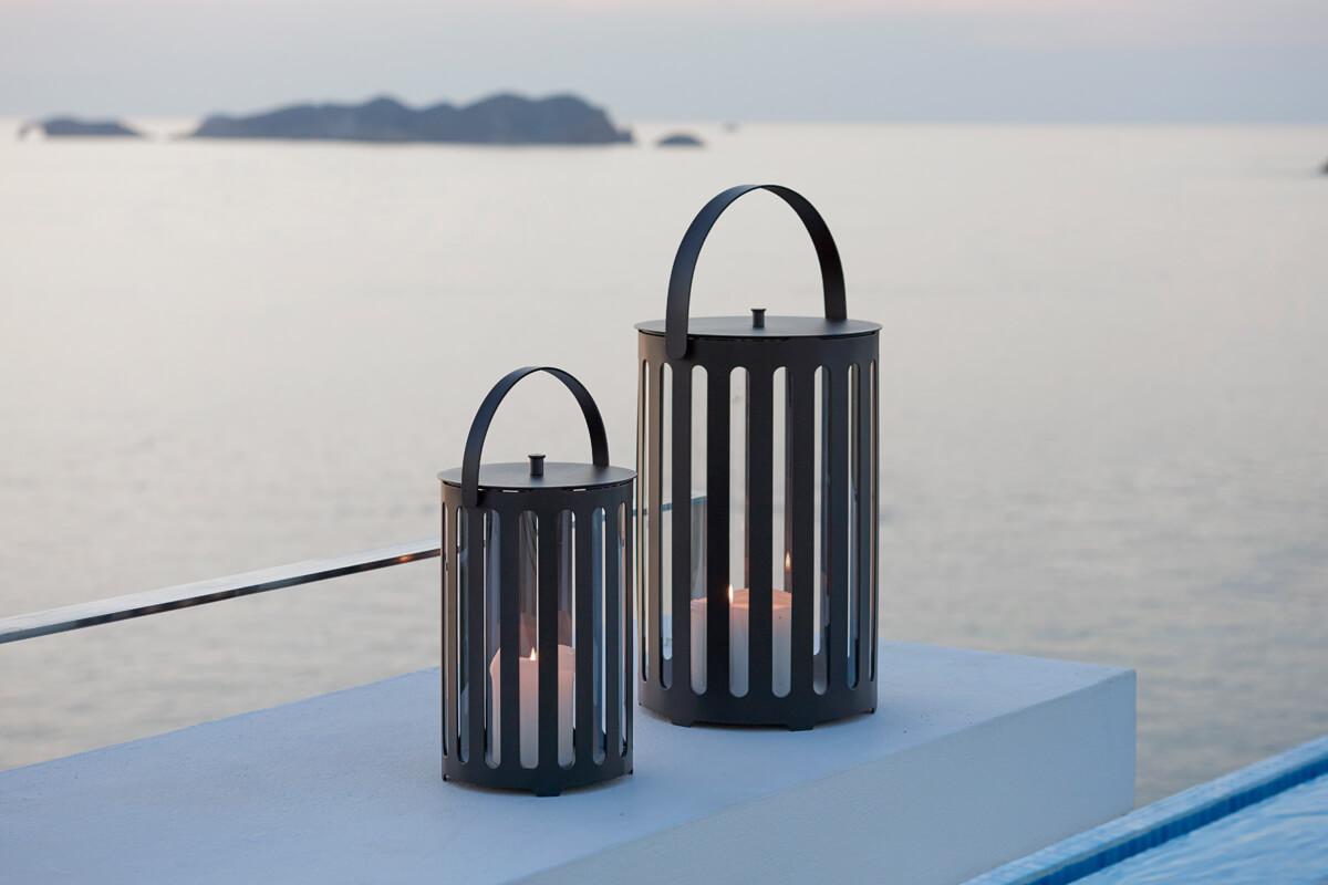 Lighttube ogrodowy lampion latarenka mała i duża z aluminium ciemnoszare aluminium Cane-line