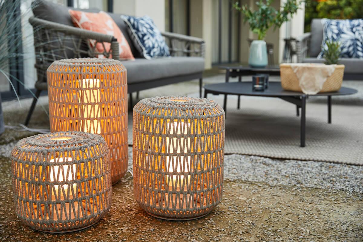 Durum lampa ogrodowa LED z grubej liny pleciona jasnoszara oświetlenie ogrodowe Twoja Siesta luksusowe meble ogrodowe