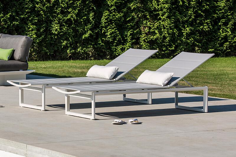 Gibara aluminiowy leżak ogrodowy 2 kolory   Jati & Kebon