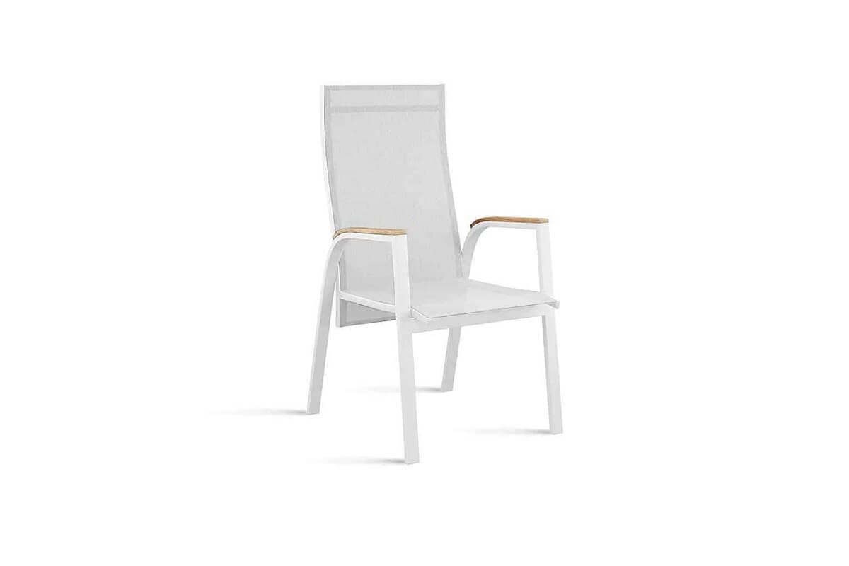 Alicante nowoczesne krzesło ogrodowe z regulacją oparcia kolor biały podłokietniki teak Zumm