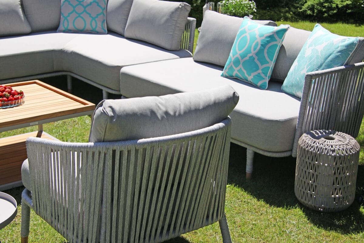 Coma Club meble ogrodowe wypoczynkowe modułowe fotel plecionka poduszki Doble tukus rozeta pióra Twojasiesta luksusowe meble ogrodowe