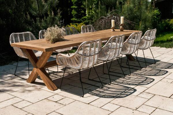 Lyon Laval zestaw ogrodowy stół krzesła 8 osób teakowy stół Lyon 8 białych krzeseł rattanowych Laval Vimine Twoja Siesta luksusowe meble rattanowe
