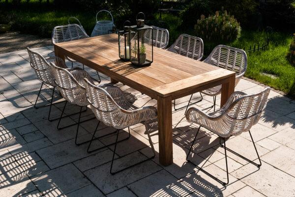 Nimes Laval zestaw ogrodowy stół krzesła 8 osób stół teakowy 240 cm 8 krzeseł Laval kolor biały Vimine Twoja Siesta meble ogrodowe rattanowe
