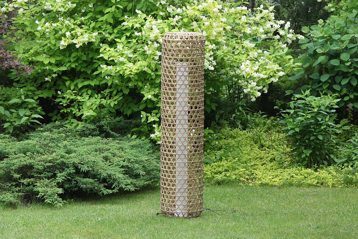 Silo wysoka lampa ogrodowa LED technorattanowa kolor orzechowy rozmiar S lampy ogrodowe stojące ledowe 130 cm Twoja Siesta meble technorattan